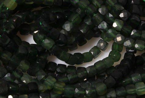 Kamienie Nefryt 7726kp 4mm 1sznur